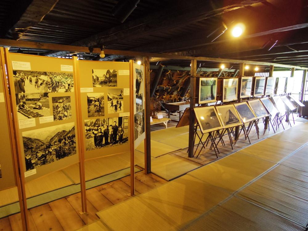 養蚕業の展示
