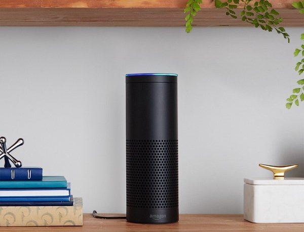 Amazon Echoは家に馴染みやすいデザイン