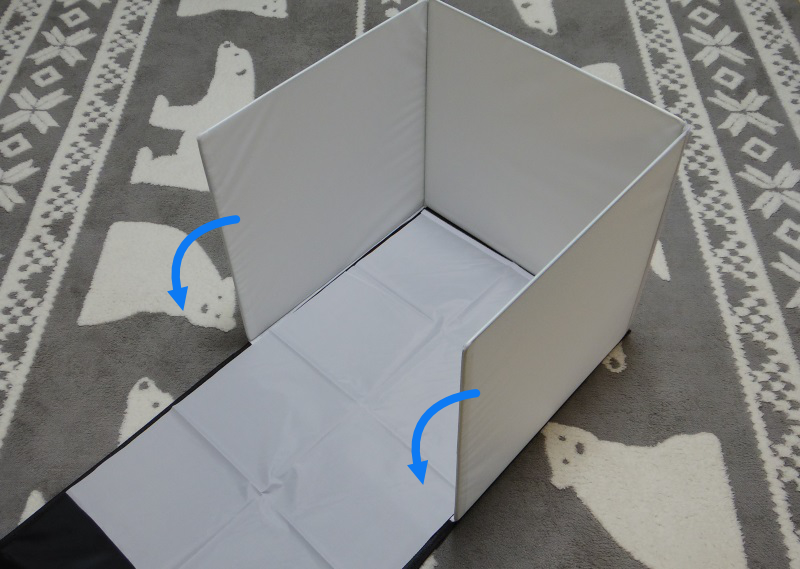布を取り付けた状態。ボックスを90度傾ける